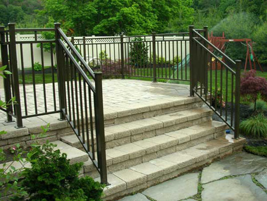 Nice aluminum deck railing home design